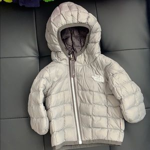 Infant north face thermoball puffer size 0-3